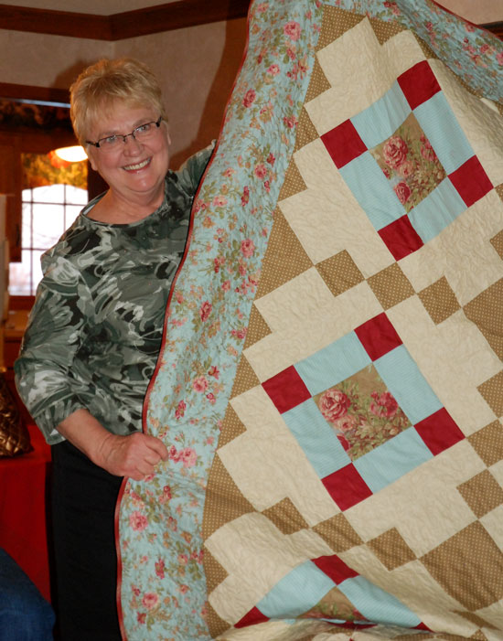 diane-and-quilt