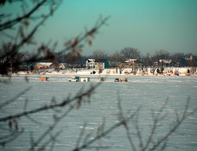 icefishing-on-nest-lake-adj