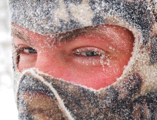 joels-snowy-lashes
