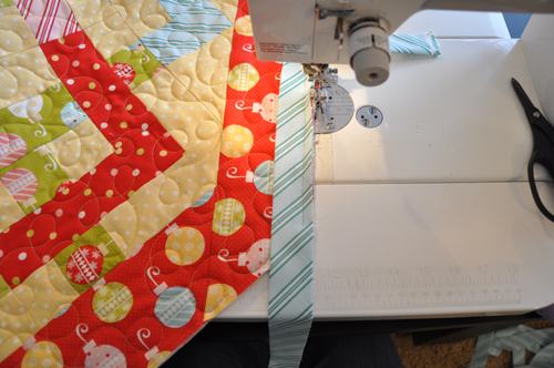 Binding Odd Angles   Trends and Traditions : sewing binding on quilt corners - Adamdwight.com