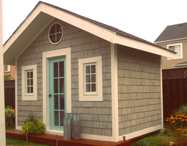 Seaside cottage trends and traditions for Cottage siding